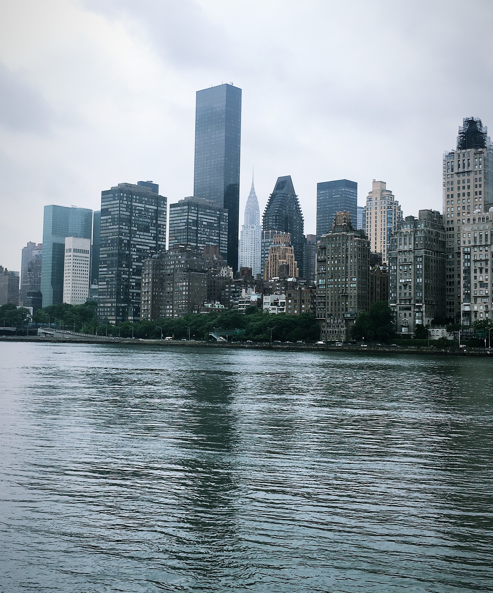 View van Roosevelt Island op Midtown Manhattan